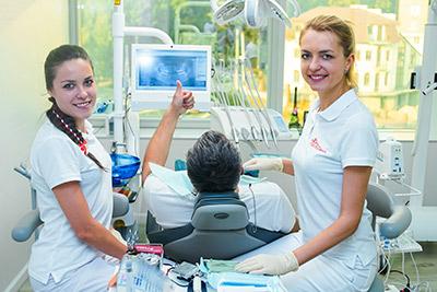 """после прохождения лечения зубов в стоматологической клинике """"МистоДент"""" в Харькове"""