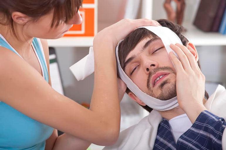 Ноет зуб болит челюсть